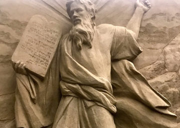 Moses down mount Sinai